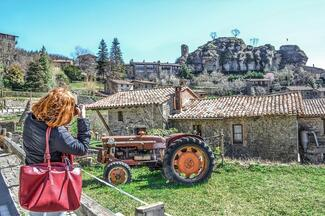 Cultural And Gastronomic Experience In Medieval Villages