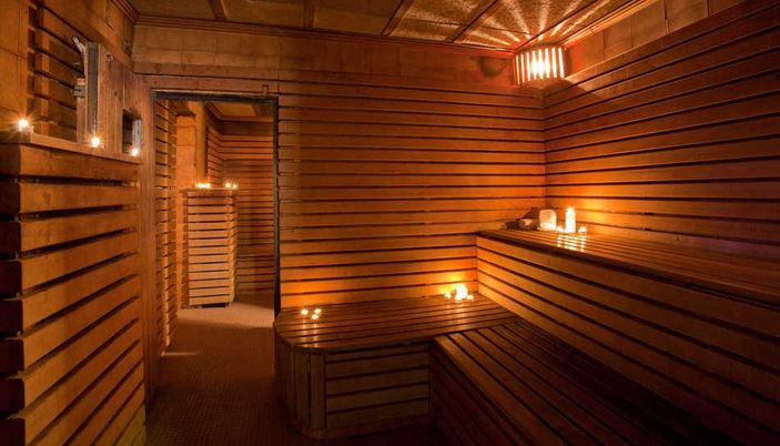 barcelona sauna condal sauna condal in barcelona gay sauna. Black Bedroom Furniture Sets. Home Design Ideas